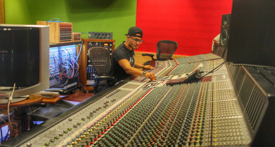 Photo of Edwin F aka Emporio Music Labs