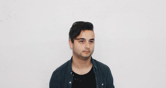 Male Singers for Hire | SoundBetter