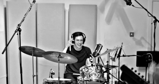 Remote Live Drum Recording - Hit. Online Drummer