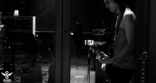 session guitarist,producer. - olmo sosa yulis
