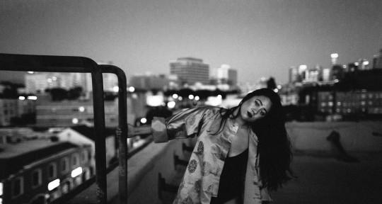 Session Vocalist & Songwriter - Olivia Braga