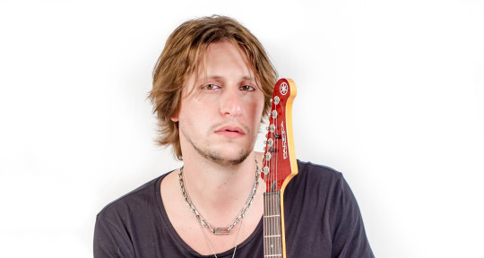 Session Guitarist and Producer - Simone Gianlorenzi