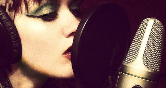 Singer/Composer/Producer - Silke