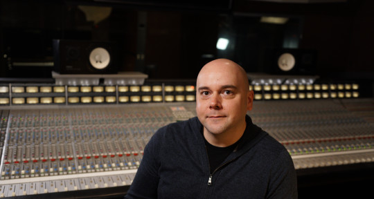 Producer / Mixer / Engineer - Ian Bodzasi