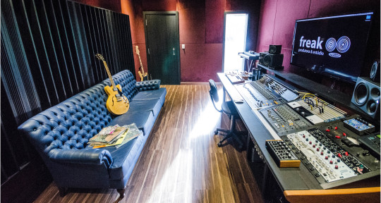 Recording Studio, Sound Design - Freak