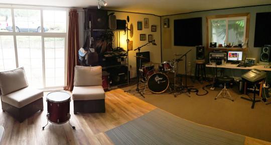 Recording studio,Producer. - Rafiki Music