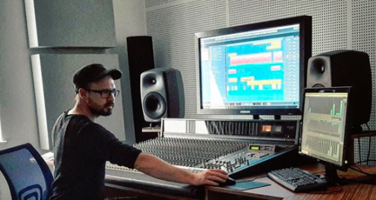 Sound Designer, Music Producer - Fabian Marschelewski