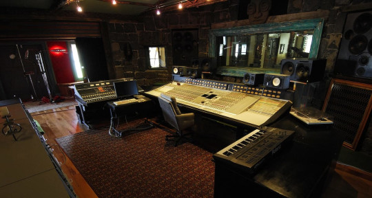 Photo of SSL + Neve Online Mixing