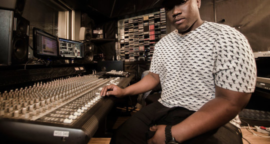 Music Producer, Beat maker - Kenny Jones