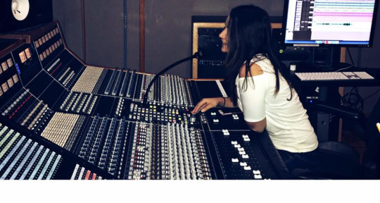 Music Producer & Engineer - Paniz Farokhnia