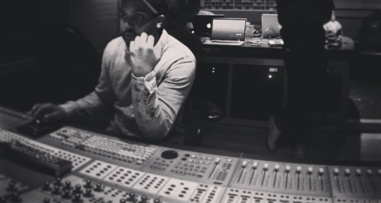 Audio Engineer Music Producer - Andre Lipscomb