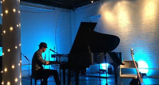 Keyboard Specialist - Mitchell Leonard