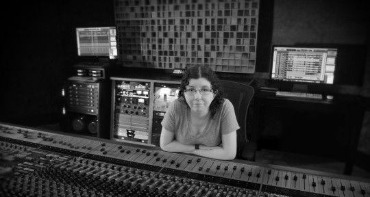Mix Engineer - Mixed by Samantha