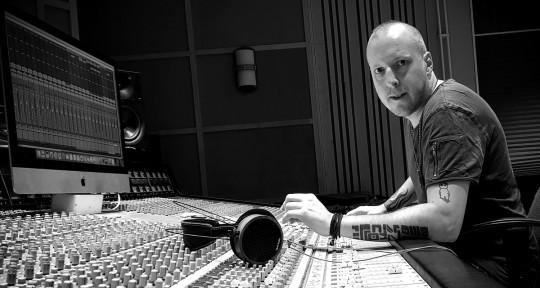 Mixing awesome music - Joe Vegna
