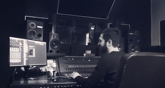 Music Producer & Mixer - Simon Hopkinson