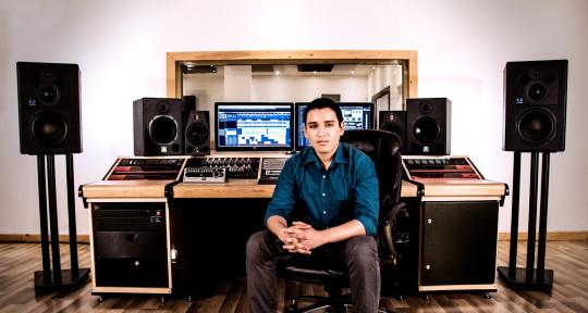 Recording/Mixing Engineer - Angel Vidal