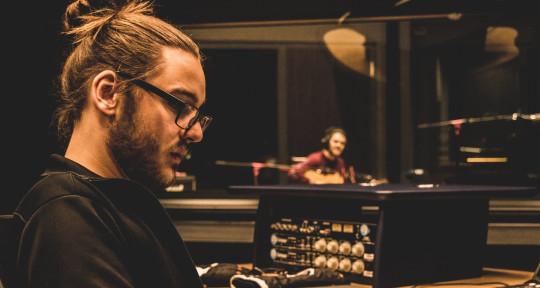Producer, Composer/Songwriter - Tobi Bob Snoid
