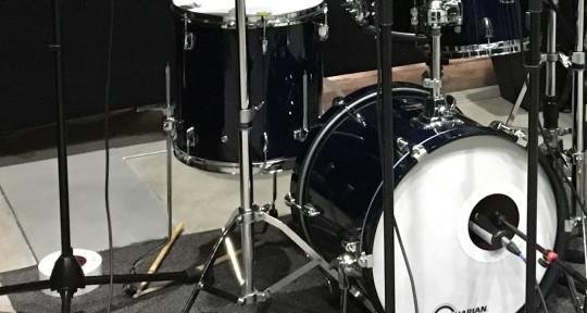 Session drummer - Aarne Toivonen