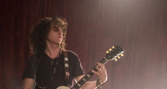 Session Guitarist, Compose - Kyle Reinhart