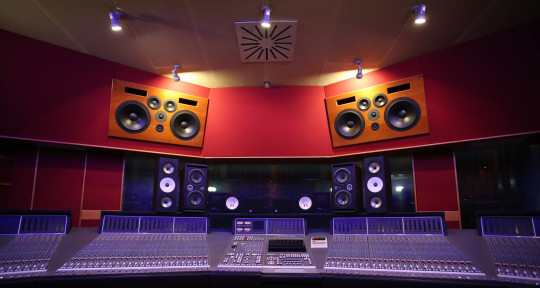 Recording and mixing studio - RSL Production