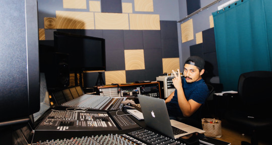 Audio Editor & Engineer  - Martin Uriel Garcia