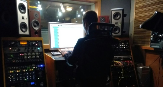 Photo of Tim Aliev Mixing