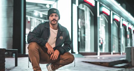 Music Producer, Engineer - Odyssefs Molfesis aka Mel Ody