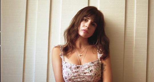 Singer and top liner  - Annabel Jones