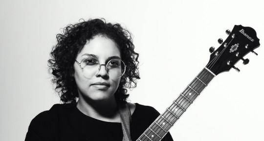 New Wave! Singer-songwritter - Maga Urdaneta