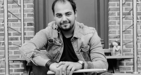 Drummer, production, mixing - Thomas Dennis