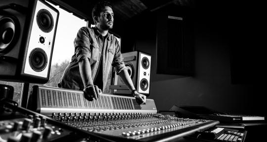 Producer / Mixer / Engineer / - Claudio Rodriguez