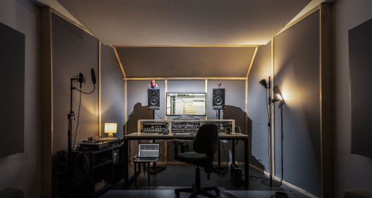 Audio engineer - Noodle Music Studio