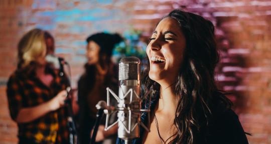 Professional Singer/Songwriter - Parisa