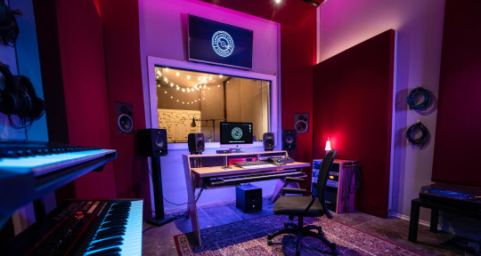 Studio built for inspiration - Corner Store Studios