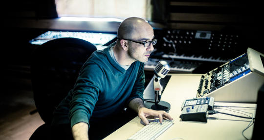 Composer, producer & mixer - Eport Studio