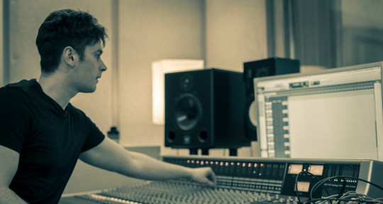 Mixing/Mastering/Guitar - Fraser Edwards