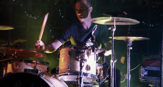 Drummer / Mixer / Producer - Francois Jones