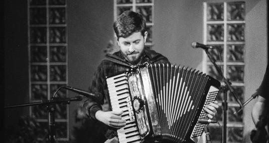 Session Accordionist, Composer - Davi Raubach