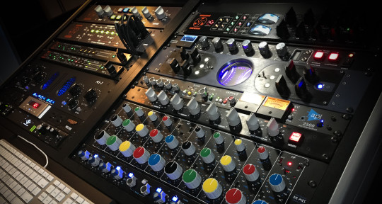 Photo of Matthew Wolk Mastering