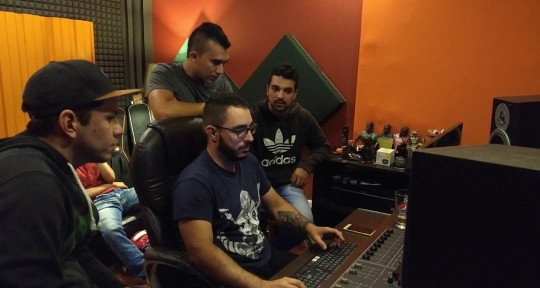 Mixing & mastering Engineer - Sergio Adarve