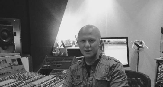 Remote Mixing & Mastering - Max Hons