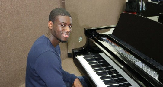 Music Producer and Pianist - KeyzMusic
