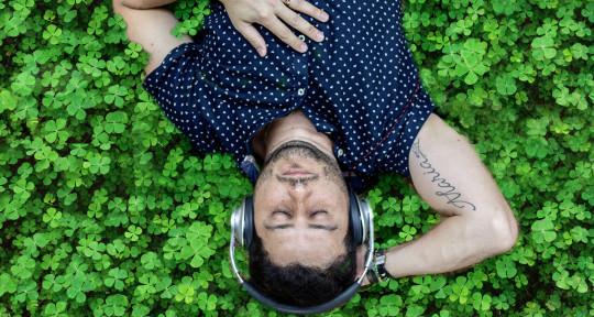 singer / songwriter  - Gabriel Lunelli
