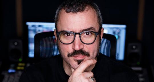 """Mastering Engineer - Luigi """"D LEWIS"""" Di Filippo"""