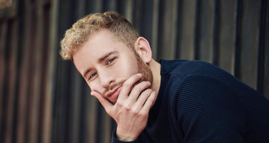Professional Singer/Topliner - Daniel González Sobrino