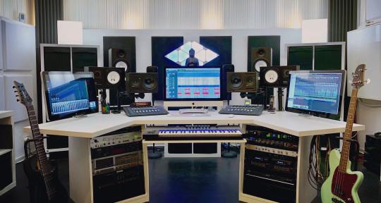 Recording, Mixing, Mastering - Maison Derrière Studio
