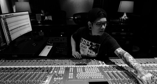 Mixing Engineer/Music Producer - Paul Slaughters