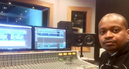 Top Class Mixing and Mastering - Michael Manitshana