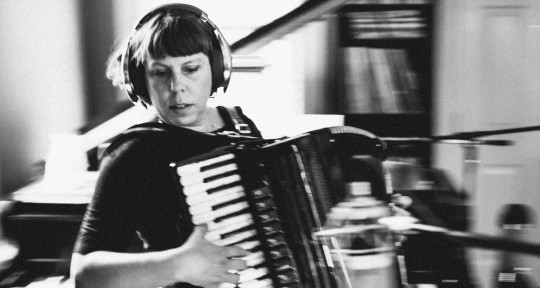 Session Keyboards & Accordion - Jenny Conlee