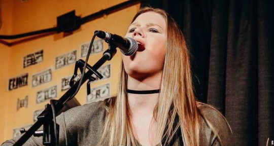 Singer, Remote MixingMastering - Sarah Harralson